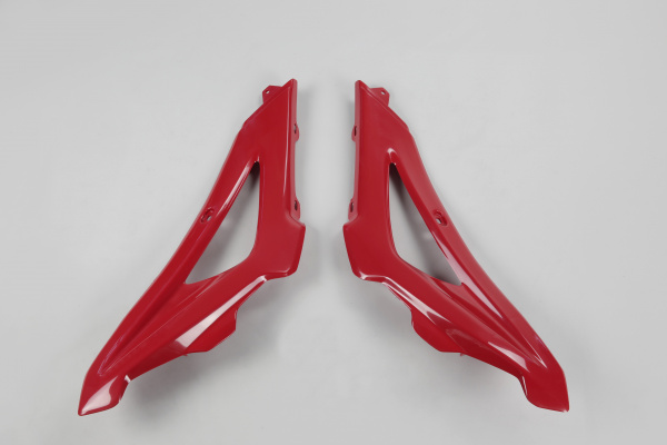 Radiator covers / Upper part - red 062 - Husqvarna - REPLICA PLASTICS - HU03316-062 - UFO Plast